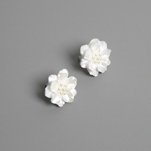 dove flower earring
