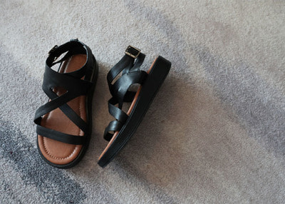 eris cross sandal
