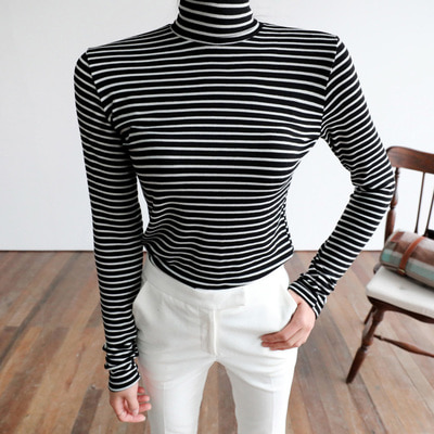 marteen stripe T