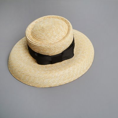 round shape hat